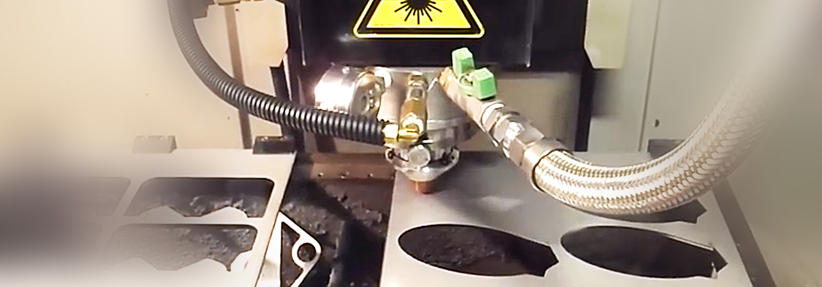 Nozzle of laser cutting machine